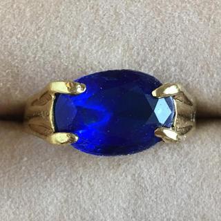 (73)サファイアブルーのリング ゴールド ヴィンテージ(リング(指輪))