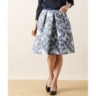 アナイ(ANAYI)の週末特価❤️ANAYI❤️大人エレガントなカモフラージュデザインスカート(ひざ丈スカート)