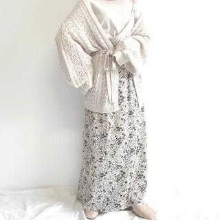 アンティローザ(Auntie Rosa)の新品 花柄 スカート(ロングスカート)