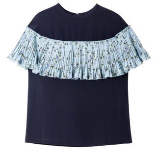ルシェルブルー(LE CIEL BLEU)のLE CIEL BLUE ルシェルブルー フローレットプリーツトップス  36(カットソー(半袖/袖なし))