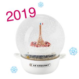 ルクルーゼ(LE CREUSET)の【専用になります💝】ル・クルーゼ スノードーム 2019  コットン 非売品(置物)
