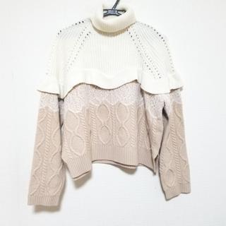 フェンディ(FENDI)のフェンディ 長袖セーター サイズ40 M美品 (ニット/セーター)