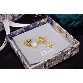Dior - DIORディオールピアスCD