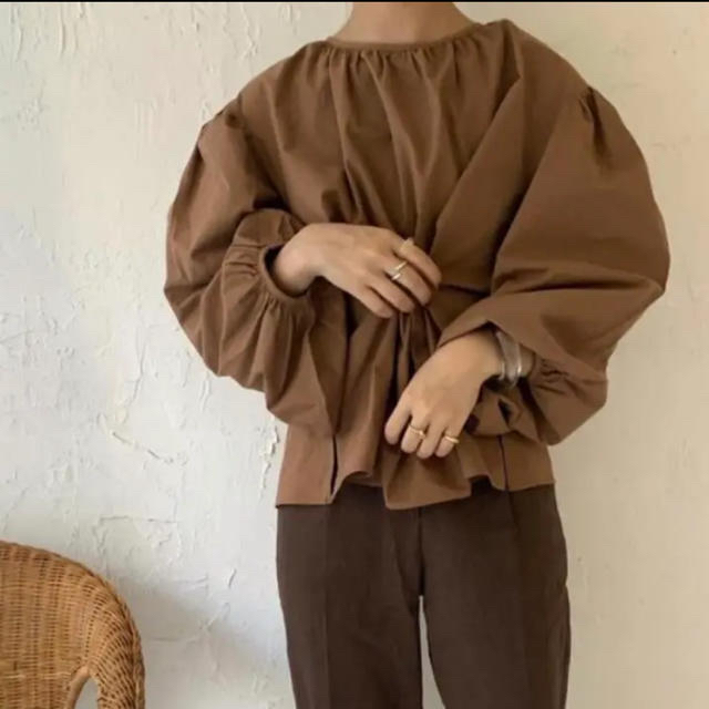 Kastane(カスタネ)のnor様専用 amiur original 2way volume blouse レディースのトップス(シャツ/ブラウス(長袖/七分))の商品写真