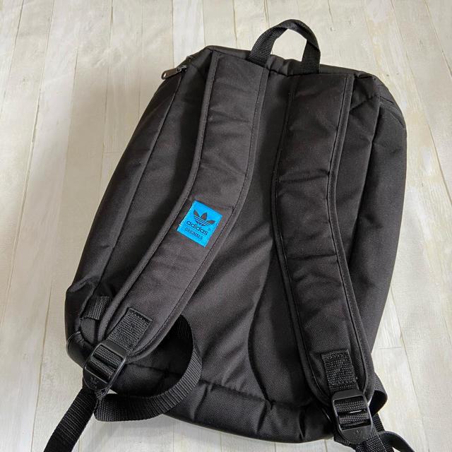 adidas(アディダス)のアディダス バックパック 黒リュック メンズのバッグ(バッグパック/リュック)の商品写真