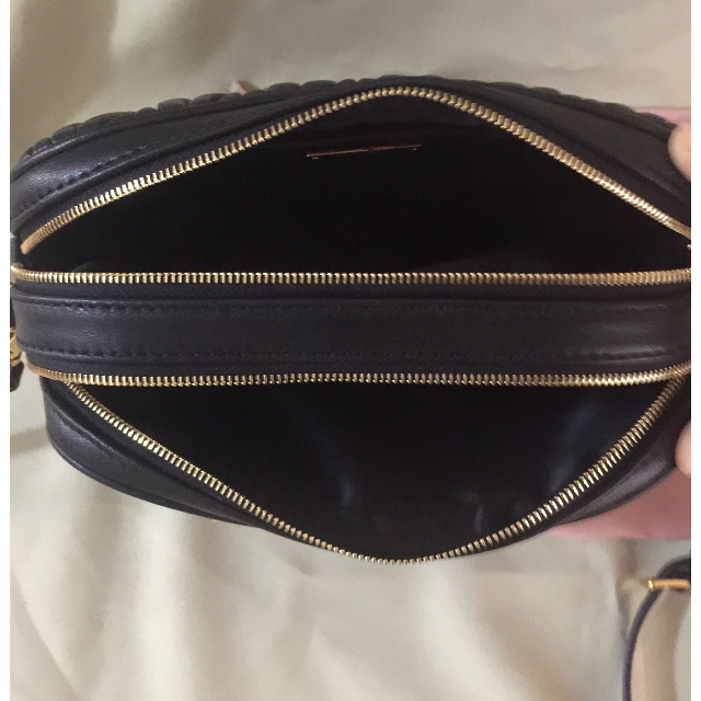 miumiu(ミュウミュウ)のMIUMIU  ショルダーバッグ レディースのバッグ(ショルダーバッグ)の商品写真