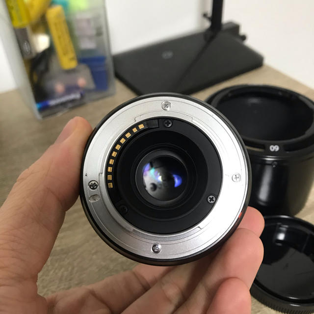 富士フイルム(フジフイルム)の富士フィルム Xマウント フジノンレンズ XF60mmF2.4 R Macro スマホ/家電/カメラのカメラ(レンズ(単焦点))の商品写真
