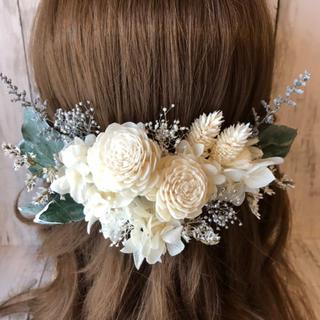 ホワイト系♡髪飾り ヘッドドレス 結婚式 前撮り 成人式 卒業式