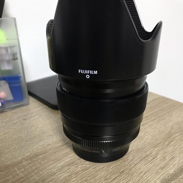 富士フイルム(フジフイルム)の富士フィルム Xマウント フジノンレンズ XF23mmF1.4 スマホ/家電/カメラのカメラ(レンズ(単焦点))の商品写真