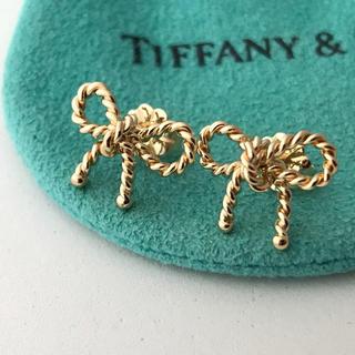 Tiffany & Co. - TIFFANY K18YGツイストリボン ピアス 美品