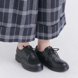 アーバンリサーチ(URBAN RESEARCH)の美品!紐あり革靴 黒(ローファー/革靴)