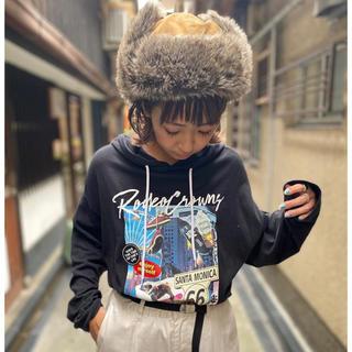 ロデオクラウンズワイドボウル(RODEO CROWNS WIDE BOWL)のロデオクラウンズワイドボウル WEB桂川店限定  コラージュフォトフードTシャツ(Tシャツ(長袖/七分))