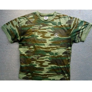 コンバース(CONVERSE)のCONVERSE ALLSTAR美品 TシャツMサイズ迷彩(Tシャツ/カットソー(半袖/袖なし))
