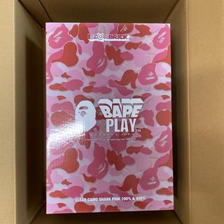 A BATHING APE - bape ベアブリック 400% ピンク
