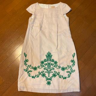シビラ(Sybilla)のシビラの花なら刺繍が可愛いウールワンピース サイズM、9号(ひざ丈ワンピース)