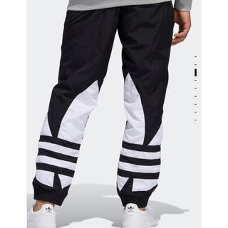 adidas - adidas originals ビッグロゴトレフォイル パンツ