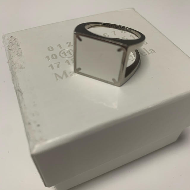 Maison Martin Margiela(マルタンマルジェラ)のmaison margiela メゾンマルジェラ 4ステッチシルバーリング メンズのアクセサリー(リング(指輪))の商品写真