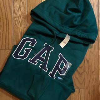 ギャップ(GAP)のGAP メンズ パーカー 緑(シャツ)