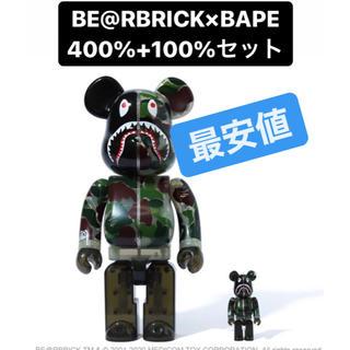 アベイシングエイプ(A BATHING APE)の専用]BE@RBRICK A BATHING APE 400% 緑 グリーン(その他)