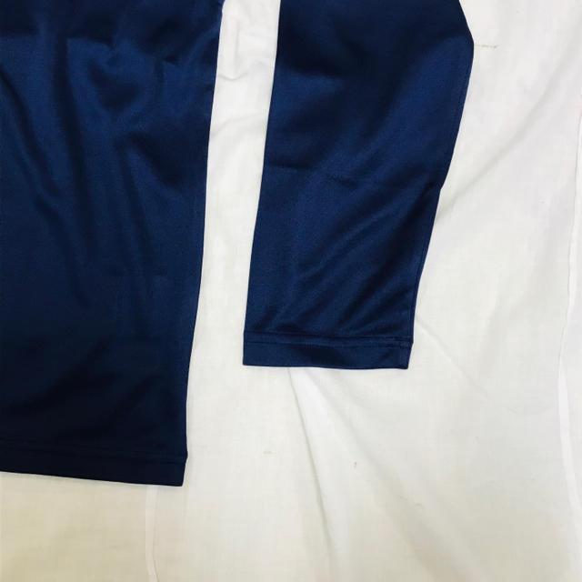 asics(アシックス)の新品 タグ付き未使用品 アシックス Mサイズ 長袖Tシャツ 紺ネイビー メンズのトップス(Tシャツ/カットソー(七分/長袖))の商品写真