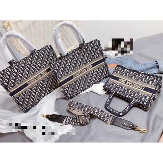 Christian Dior - クリスチャン ディオール ブックトートバッグ 3色