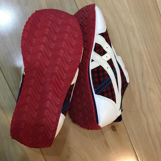 familiar(ファミリア)の新品に近い⭐️ファミリア スニーカー アシックスコラボ キッズ/ベビー/マタニティのキッズ靴/シューズ(15cm~)(スニーカー)の商品写真
