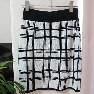リップサービス(LIP SERVICE)の週末お値下げ❗リップサービス  スカート(ひざ丈スカート)