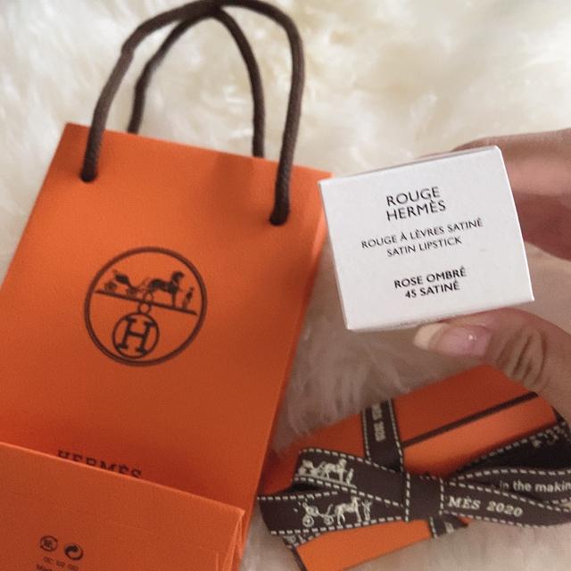Hermes(エルメス)の《ルージュエルメス限定色》ルージュオンブレ 45 コスメ/美容のベースメイク/化粧品(口紅)の商品写真