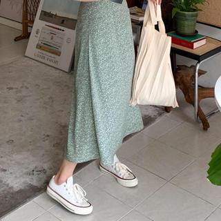 ディーホリック(dholic)のグリーン 花柄 フレア マーメイド スカート ディーホリック 新品未使用(ロングスカート)