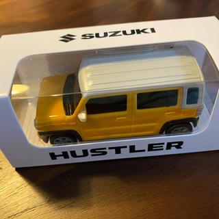 スズキ(スズキ)の新型ハスラー ミニカー 黄/白モデル 新品 HUSTLER ハスラー 非売品(ミニカー)