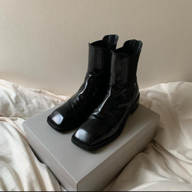 Maison Martin Margiela(マルタンマルジェラ)のhumant スクエアトゥブーツ メンズの靴/シューズ(ブーツ)の商品写真