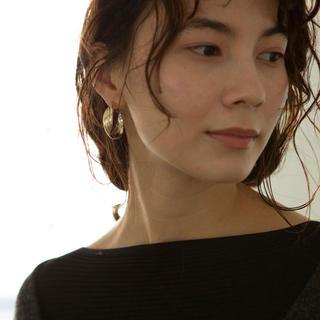 トゥデイフル(TODAYFUL)の【marjour】TRIPLE HOOP EARRING ゴールドイヤリング(イヤリング)