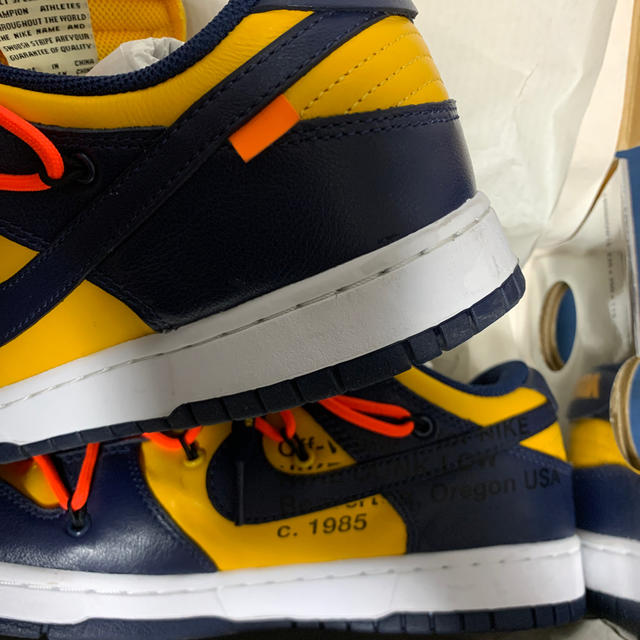 NIKE(ナイキ)のOff White Nike Dunk Low Michigan 紺黄 27cm メンズの靴/シューズ(スニーカー)の商品写真