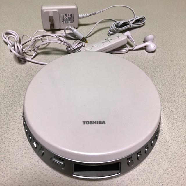 東芝(トウシバ)のCDプレイヤー スマホ/家電/カメラのオーディオ機器(ポータブルプレーヤー)の商品写真