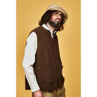 コモリ(COMOLI)の値下げ不可【YASHIKI】Tsukushi Knit Vest(BROWN)(ベスト)