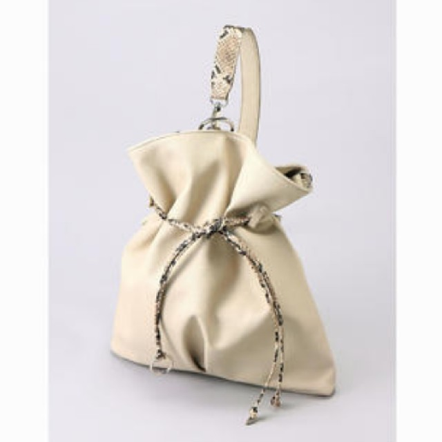 JEANASIS(ジーナシス)の【JEANASIS 】2WAYワンショルダーバッグ/ベージュ レディースのバッグ(ショルダーバッグ)の商品写真