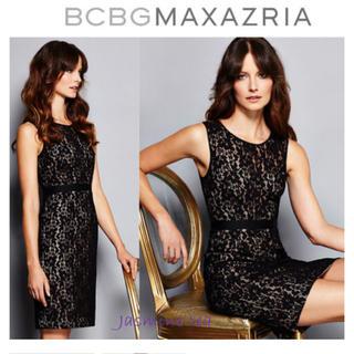 ビーシービージーマックスアズリア(BCBGMAXAZRIA)のBCBGMAXAZRIA Lace Alice Shift Dress 04(ミディアムドレス)