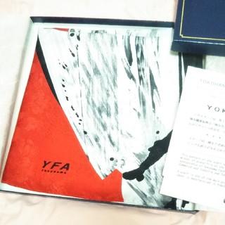 横浜スカーフ(未使用)シルク100%(バンダナ/スカーフ)