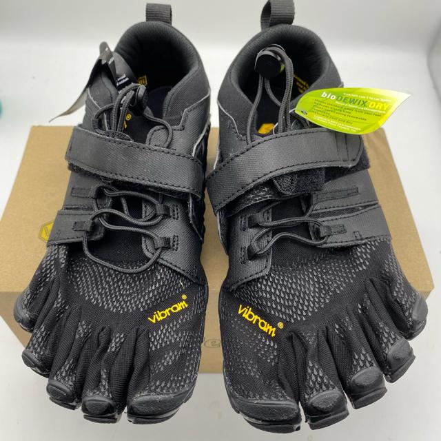 vibram(ビブラム)のVibramFiveFingers/右W39(24.4cm)左M40(26cm) メンズの靴/シューズ(スニーカー)の商品写真