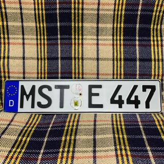 アウディ(AUDI)の447 本物 ユーロナンバープレート ドイツ BMW ベンツ アウディポルシェ(車外アクセサリ)