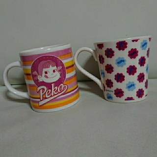 フジヤ(不二家)の☆ペコちゃん マグカップ☆(グラス/カップ)
