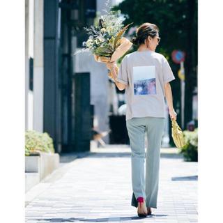 ミラオーウェン(Mila Owen)のミラオーウェン 大草さん着用バックプリントTシャツ ベージュ(Tシャツ(半袖/袖なし))