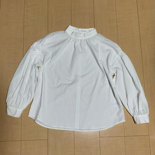 ショコラフィネローブ(chocol raffine robe)のブラウス 白 バルーン袖 ハイネックシャツ(シャツ/ブラウス(長袖/七分))