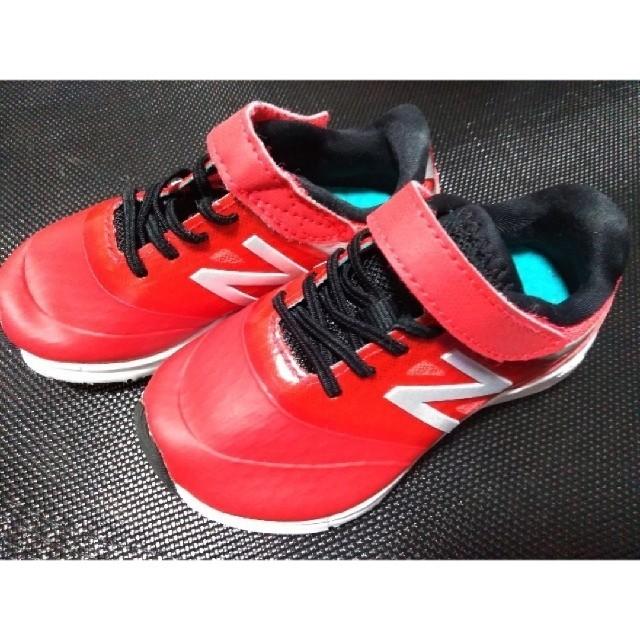New Balance(ニューバランス)のNew Balance 14cmスニーカー 赤 キッズ/ベビー/マタニティのベビー靴/シューズ(~14cm)(スニーカー)の商品写真