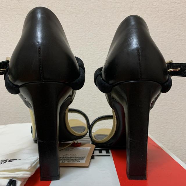 L'Appartement DEUXIEME CLASSE(アパルトモンドゥーズィエムクラス)のアパルトモン レザー ストラップ  レディースの靴/シューズ(サンダル)の商品写真