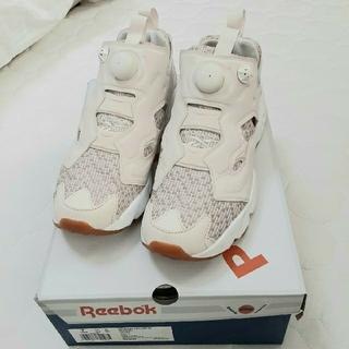Reebok - インスタポンプフューリー 美品 24cm