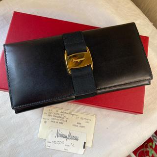 サルヴァトーレフェラガモ(Salvatore Ferragamo)のSalvatore Ferragamo サルヴァトーレ フェラガモ ヴァラ長財布(財布)