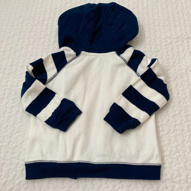 babyGAP(ベビーギャップ)のGAP パーカー 80cm キッズ/ベビー/マタニティのベビー服(~85cm)(トレーナー)の商品写真