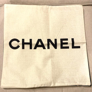 CHANEL - ☆シャネル☆クッションカバー 【ホワイト】ノベルティー