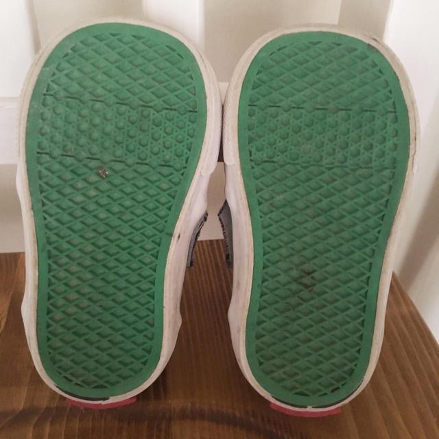 VANS(ヴァンズ)のスリッポン スニーカー  キッズ/ベビー/マタニティのベビー靴/シューズ(~14cm)(スリッポン)の商品写真